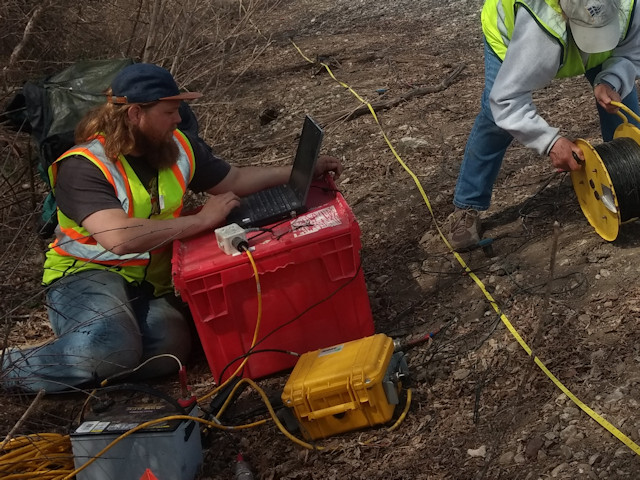 Geometrics Geode Seismograph and Geophones from K. D. Jones Instruments geophysical equipment rental.